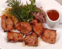 Шашлык из свиной мякоти/бизнес-ланч